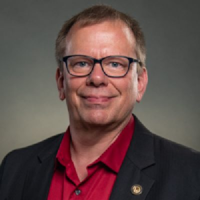 Portrait of Ken Ries